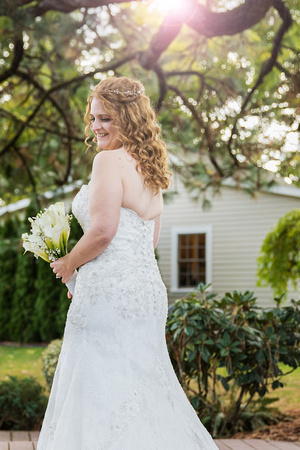 Stunning Bride Ainsworth House and Gardens Wedding. Oregon City.
