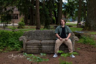 Senior Portrait Session at Clackamas Community College in Oregon City.